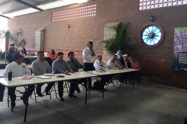 """El Programa """"Michoacán, A Toda Máquina"""", permitirá mecanizar mil 600 hectáreas de cultivos de la región Morelia-Cuitzeo"""