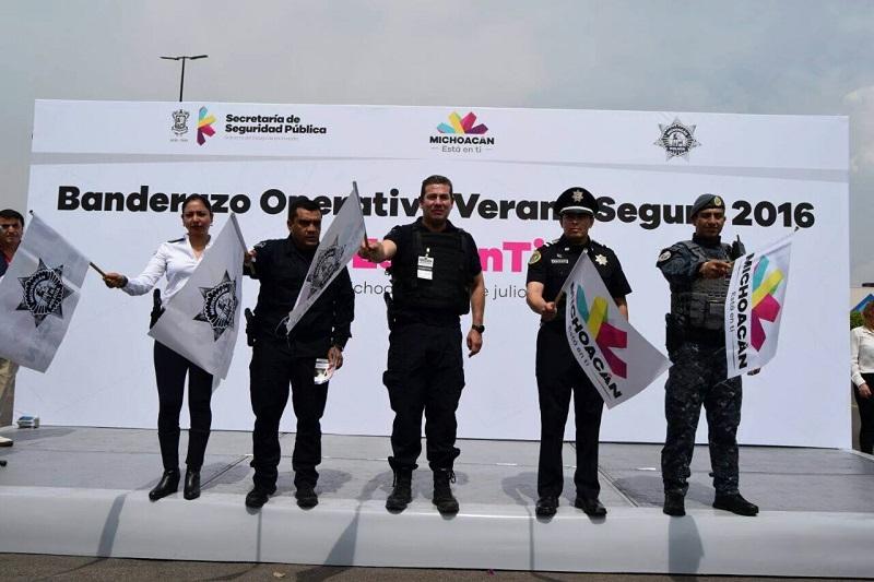 El acto protocolario se realizó por la mañana del sábado en la Avenida Enrique Ramírez Miguel de la Ciudad de Morelia, con funcionarios estatales y municipales del Mando Único