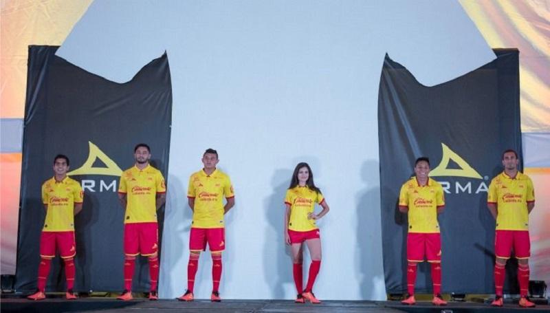 De esta forma, la escuadra michoacana se convirtió en la última en presentar sus tres uniformes a utilizar en el torneo que empezó apenas el pasado fin de semana