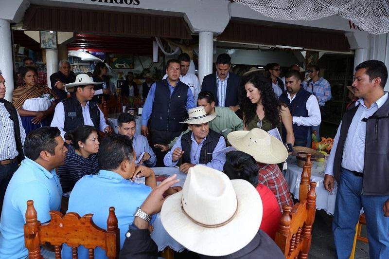 El diálogo es la vía para la solución de los problemas, recalca Aureoles Conejo; insiste en que el Gobierno de Michoacán ha actuado con apertura y sensibilidad