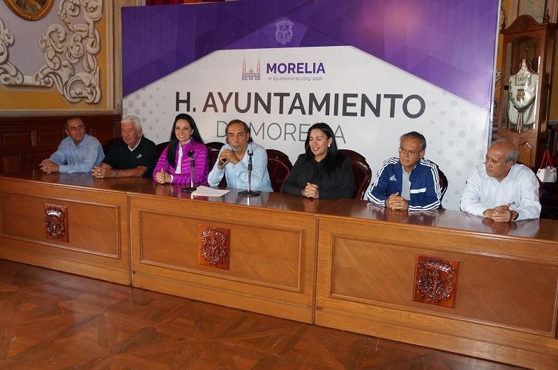 El regidor Félix Madrigal invitó a la ciudadanía a ser parte de esta justa deportiva que se realizará el domingo a las 12:00 horas en el Estadio Venustiano Carranza de esta ciudad