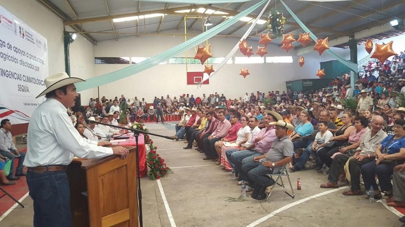 Rodríguez López, reiteró el apoyo a los trabajadores del campo en la entidad y les recordó que ya se está trabajando en forma coordinada con el Gobierno Estatal a través de la SEDRUA