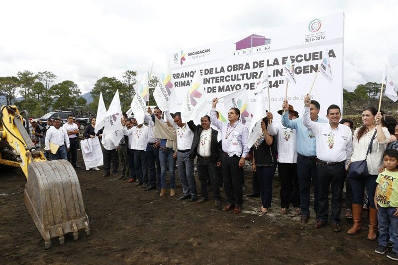 Aureoles Conejo también inauguró la obra de red de agua potable que favorecerá a un tercio de la población de la cabecera municipal