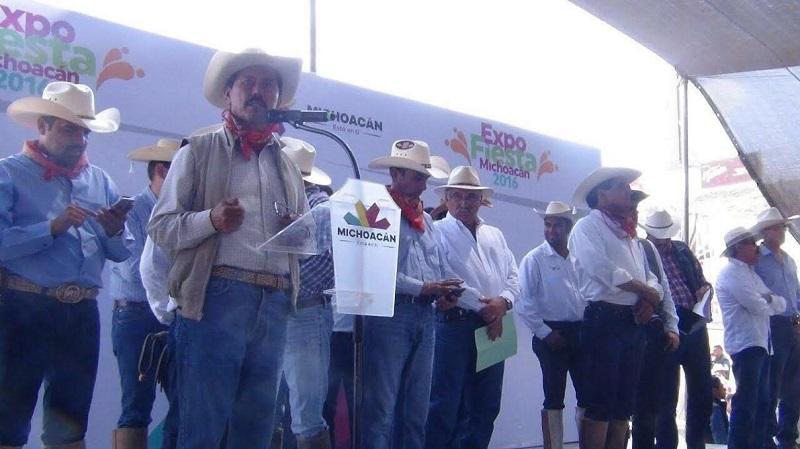 Tentory García explicó que en Michoacán se cultivan más de un millón 100 mil hectáreas, de las cuales destacan 110 mil de aguacate y que coadyuvan de manera importante para lograr este primer lugar a nivel nacional