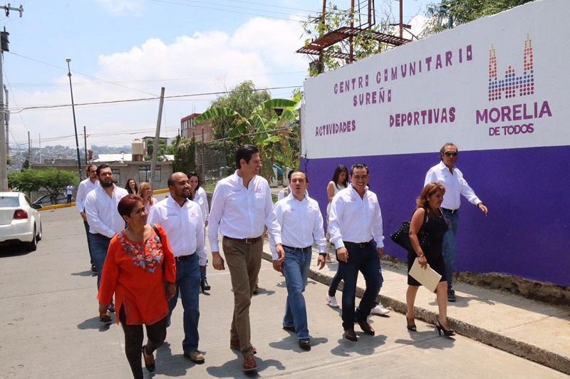 Martínez Alcázar, acompañado por autoridades municipales, encabezó el Programa Presidente en Tu Colonia en Colinas del Sur