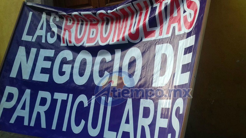 Aunque las declaraciones se adjudican a Pablo Salazar Villaseñor, el líder de la CRT es José Trinidad Martínez Pasalagua (FOTO: MARIO REBO)
