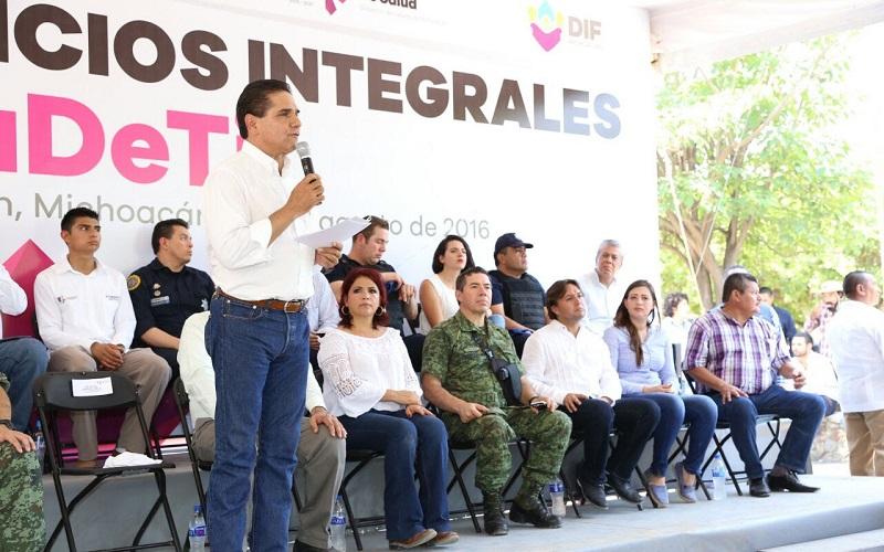 Inicia ruta de reconstrucción social en Pinzándaro: Aureoles Conejo