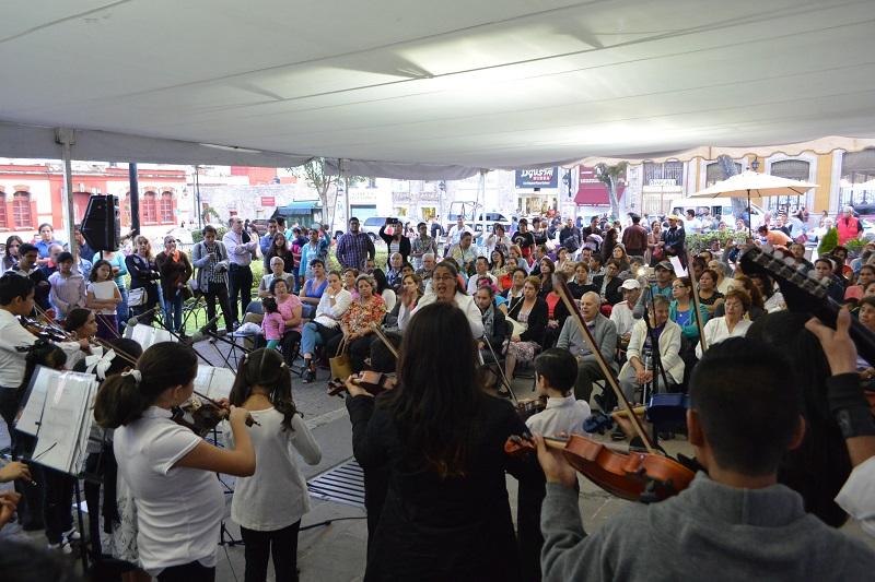 El acto inaugural del programa de Rescate de Barrios estuvo a cargo del Gerente del Patrimonio Cultural, Gaspar Hernández Razo