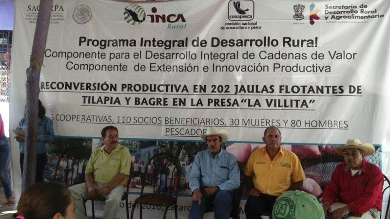 Rodríguez López mencionó a los pescadores del municipio la intención de la SAGARPA por apoyar la actividad pesquera y acuícola, por lo que pueden esperar contacto con la dependencia para realizar los trabajos en dichas materias