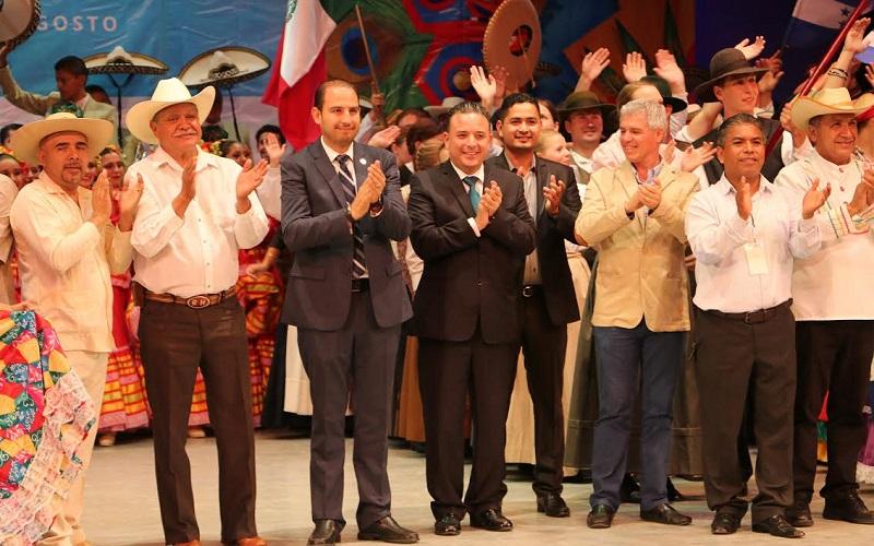 Con un lleno total en el Teatro Morelos de la capital del estado, Quintana Martínez reconoció la disposición de diversos actores para traer a nuestro estado uno de los festivales de mayor renombre a nivel internacional
