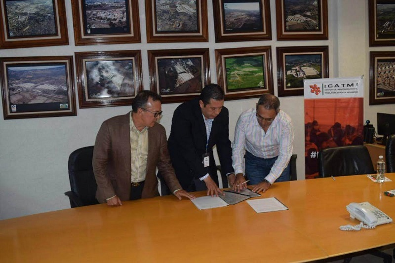Juan Carlos Barragán destacó la necesidad de implementar acciones concretas, rápidas y eficientes que contribuyan a mejorar la calidad de vida de quienes habitan en el fraccionamiento Villas del Pedregal
