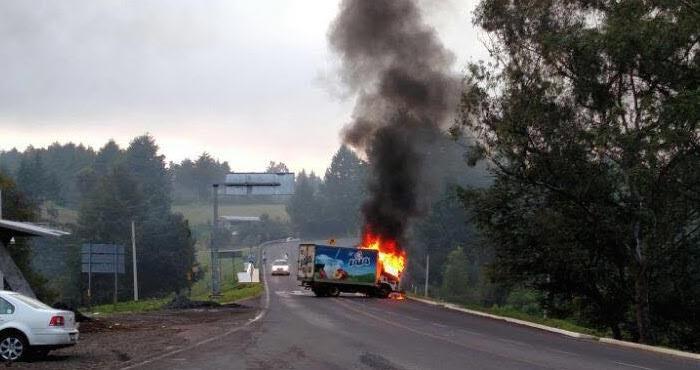 La Policía Federal reportó, vía Twitter el incidente en la autopista Occidente