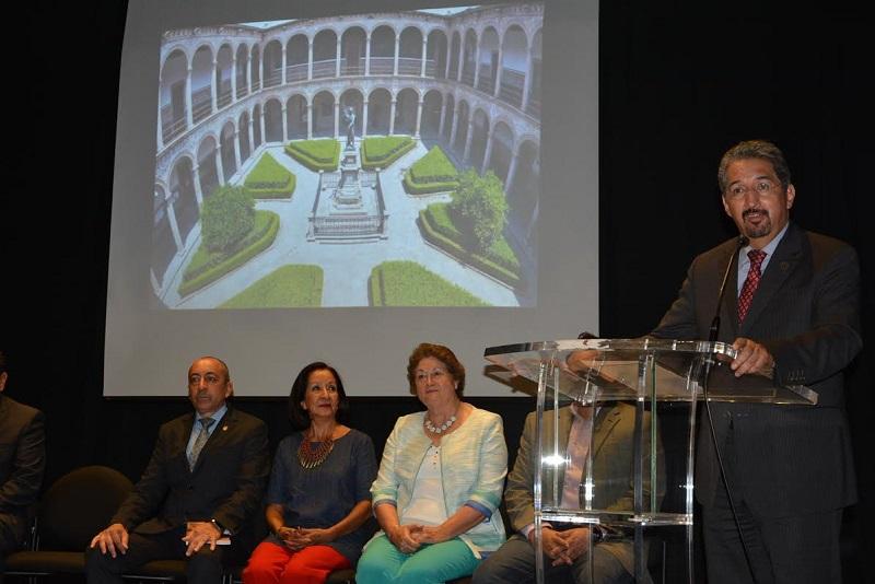 El Bachillerato Nicolaita felicita a sus egresados por el ingreso a la Facultad de Ciencias Médicas y Biológicas
