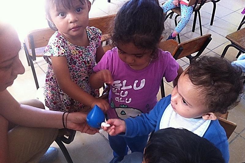 En esta semana el personal de Cultura del Agua acudió a la Estancia Infantil Jorenguarini, ubicada en el centro de Morelia, para llevar a cabo talleres y dinámicas con temas que fomentan la cultura ambiental