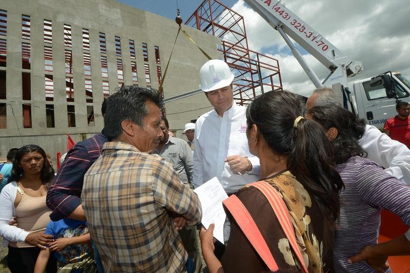 Martínez Alcázar resaltó la estrecha coordinación que ha existido entre la ciudadanía y el Ayuntamiento de Morelia, para garantizar que las obras se realicen con la mejor calidad