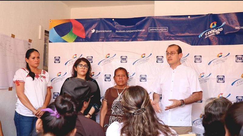 Continúa campaña de credencialización de militantes con la finalidad de fortalecer la red azul