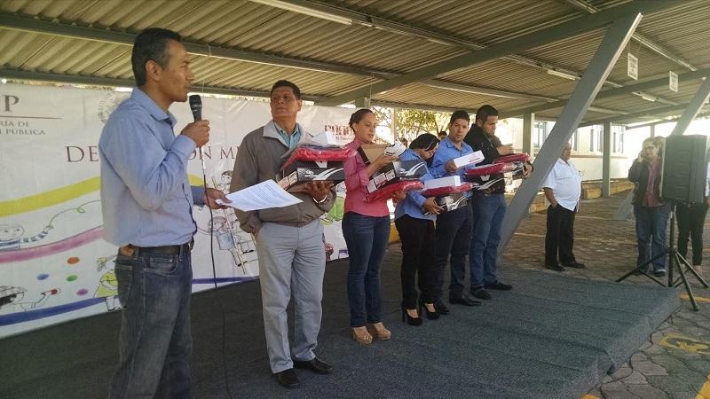 Martínez Corona aseguró que la delegación en Michoacán atenderá con oportunidad los nuevos ordenamientos del Modelo Educativo CONAFE 2016 denominado el ABCD