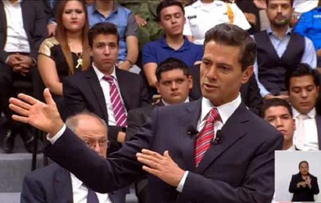 José Ramón por último, fue el único que le confrontó y señaló la falta de credibilidad del Gobierno