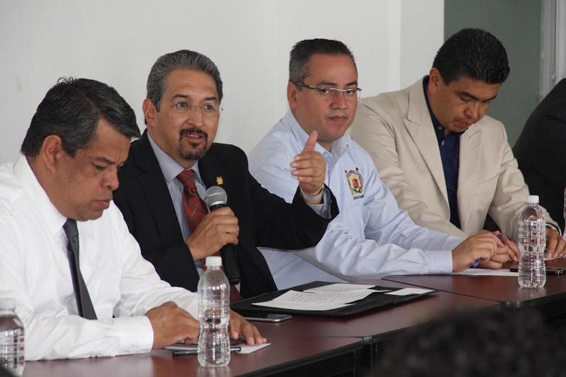 La posición de la Universidad Michoacana es la misma que ha definido claramente el Honorable Consejo Universitario, en el sentido de dar absoluta transparencia y orden al proceso de ingreso