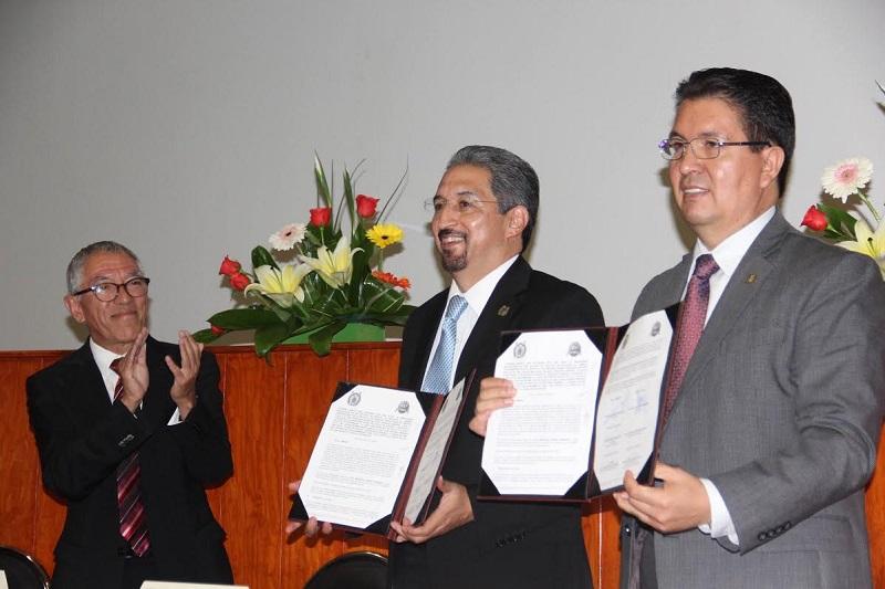 El compromiso de las universidades se centra en atender a sus alumnos: Medardo Serna