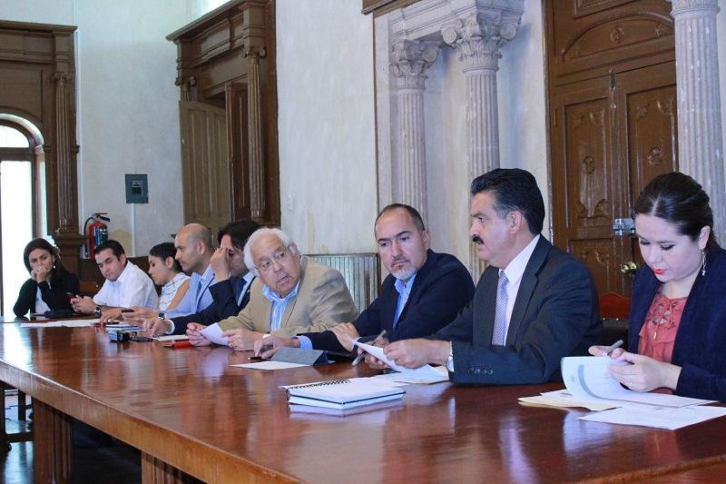 El Comité de Evaluación de Daños del Gobierno de Michoacán hará un recuento de las pérdidas materiales en viviendas, red de agua potable y alcantarillado, caminos y bóvedas por donde escurren los cauces pluviales