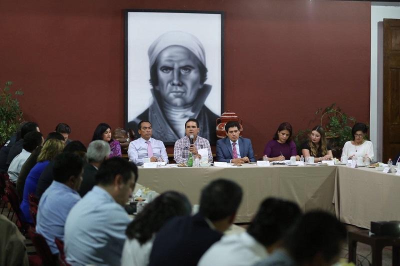 """La visitadora general de la CNDH, Norma Inés Aguilar reiteró su compromiso """"para caminar juntos, para caminar de la mano"""""""