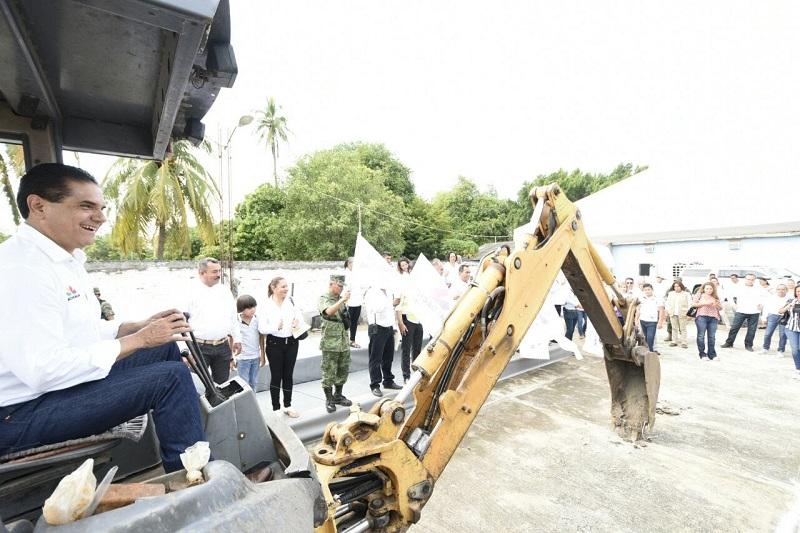 Cada una de las obras públicas presentan avances significativos, trabajos que ayudarán mejorar la imagen urbana de Cenobio Moreno