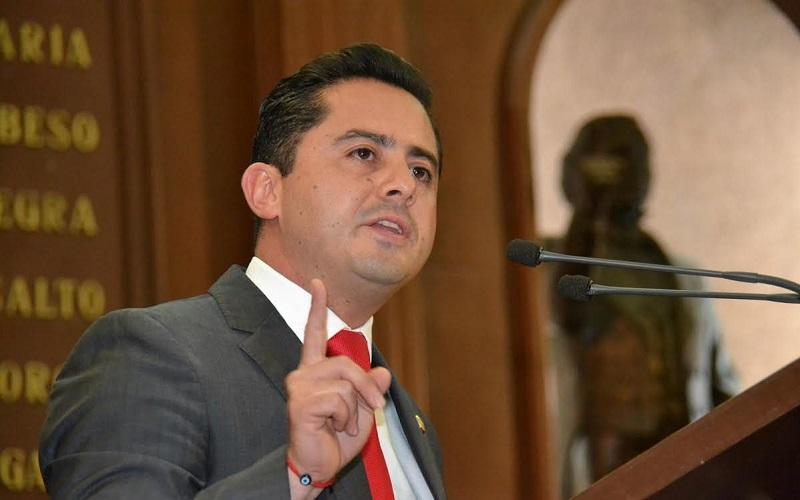 El también presidente de la Comisión de Ciencia y Tecnología hizo un llamado para impulsar una agenda a favor del desarrollo económico y social de Michoacán
