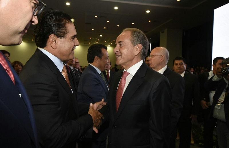 Aureoles Conejo felicitó a su homólogo potosino por los avances logrados en estos primeros doce meses de su gestión, e hizo votos porque en un futuro próximo, se puedan formalizar alianzas entre ambos estados