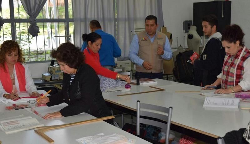 Juan Carlos Barragán Vélez, director general del ICATMI, expuso que como Martha Alejandra existen cientos de mujeres en la Institución que están mejorando su calidad de vida
