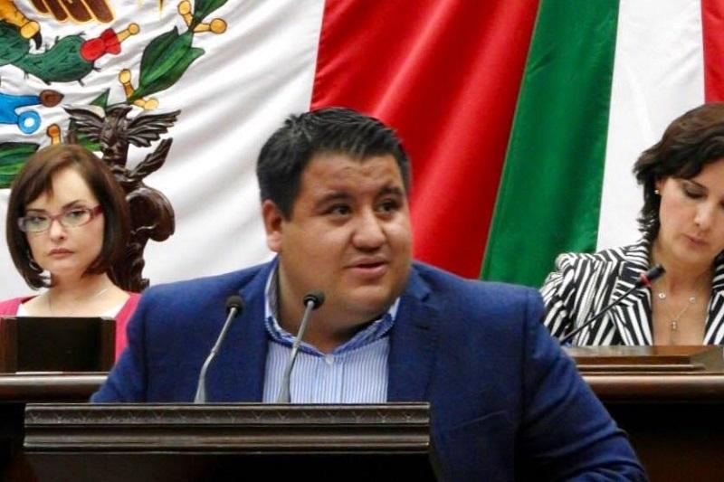 """""""Debemos entender a México y su naturaleza regia, vivimos en un país con una profunda identidad de lucha social"""", dijo Puebla Arévalo"""