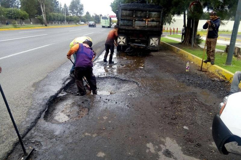 Se concluyó con los primeros 10 millones de pesos destinados a bacheo, informó el secretario de Desarrollo Metropolitano e Infraestructura