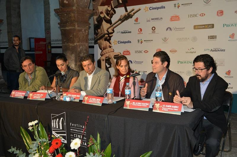 Con la presencia del alcalde de Morelia, fue presentado el programa de la 14ª Edición del Festival Internacional de Cine; se espera una derrama económica de alrededor de 200 mdp por este Festival