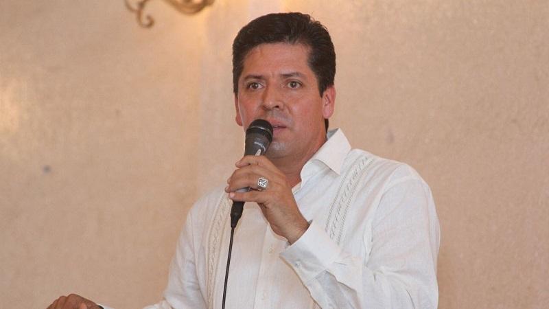 García Conejo dijo que el PRD como un partido de izquierda progresista hará todo lo posible para evitar que pase la propuesta del Ejecutivo Federal en el Congreso de la Unión