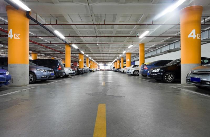 Se exhorta a los ayuntamientos a que actualicen los reglamentos correspondientes para generar los mecanismos de control y vigilancia para que se otorguen a los ciudadanos las prerrogativas a que tienen derecho en el acceso del servicio de estacionamiento