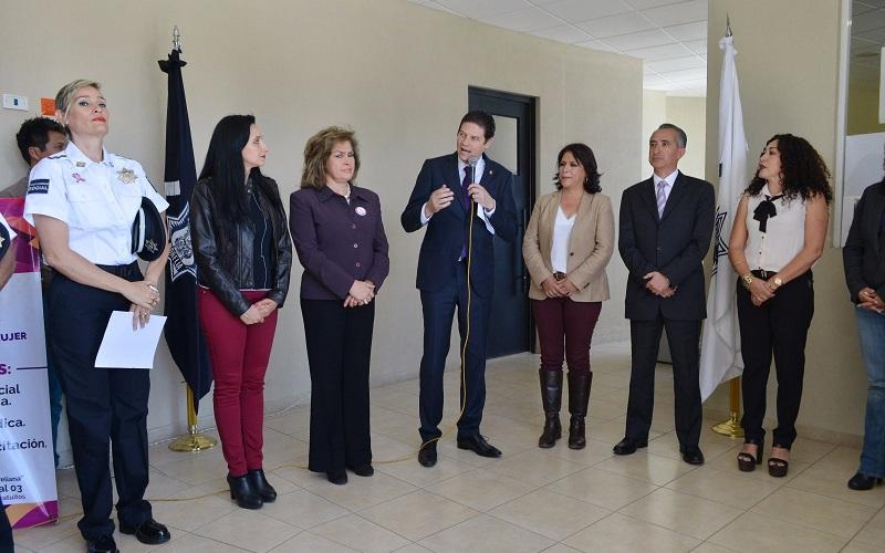 Martínez Alcázar indicó que el gobierno municipal está comprometido con este sector de la sociedad, por lo que se trabaja de manera integral tanto en la prevención como en la atención