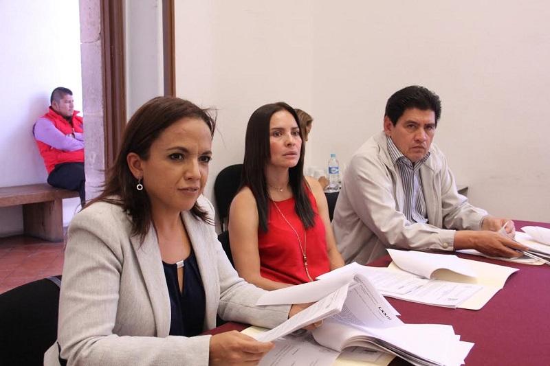 Los proyectos de dictamen aprobados serán turnados al Pleno para su discusión, y en su caso, aprobación