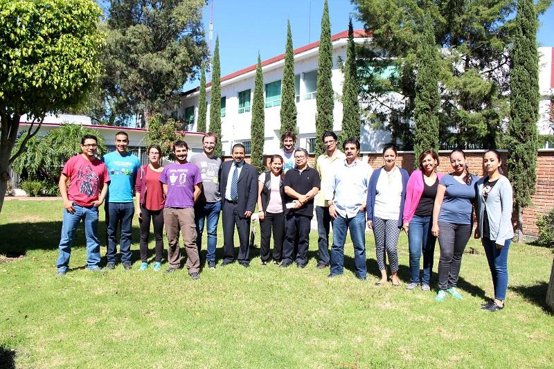 The Big Van Theory es un grupo de teatro español que se encuentra en México con motivo del Festival Cervantino y acudió a Michoacán