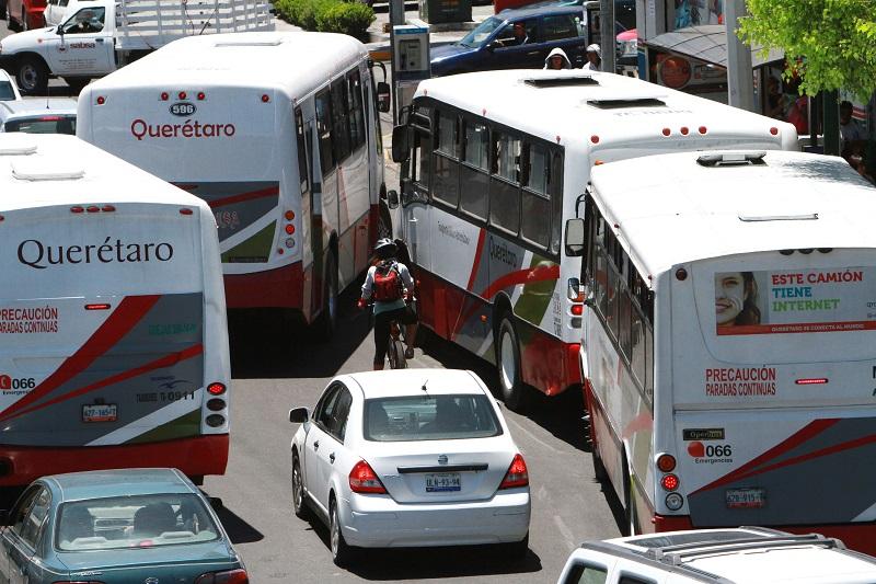 Nava Guerrero aclaró que antes de que esté listo el C5, los botones de pánico podrían operar internamente en el sistema actual del transporte, mismos que estarían conectados a las corporaciones policíacas, a efecto de que actúen de inmediato
