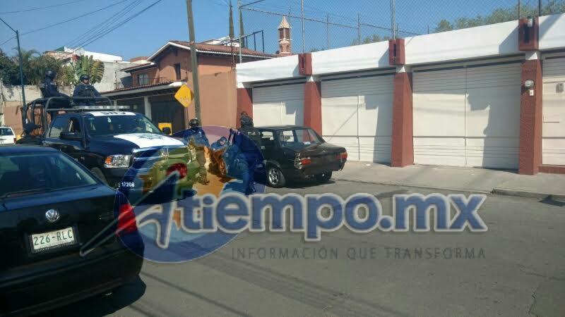 En la persecución participaron elementos del Grupo Tigre de seguridad privada, Policía Michoacán y Policía Federal (FOTOS: FRANCISCO ALBERTO SOTOMAYOR)