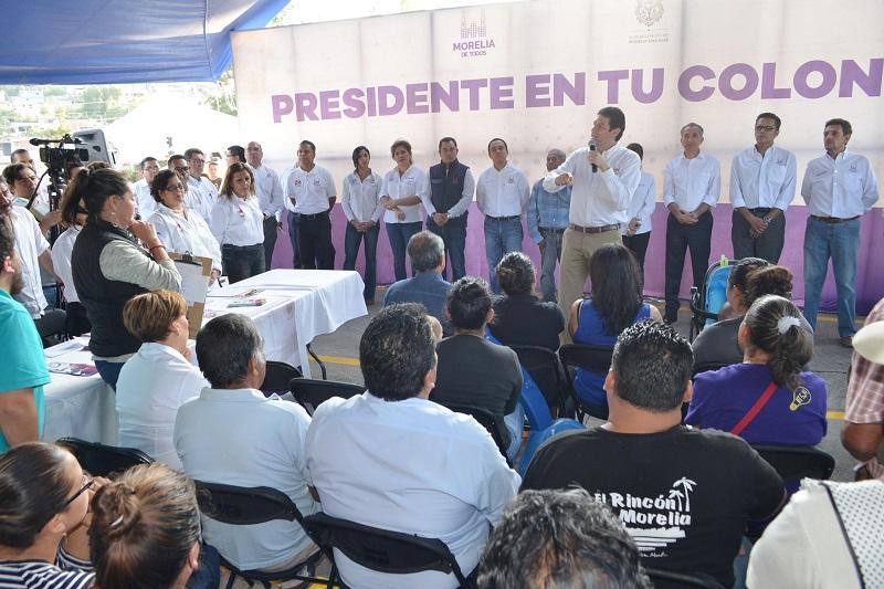 Martínez Alcázar hizo hincapié en que estos programas tienen el objetivo de acercar los servicios a la ciudadanía y que los funcionarios conozcan de cerca las necesidades de cada una de las colonias, tenencias y comunidades