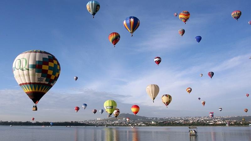 Durante los cuatro días del festival se espera la llegada de más de 500 mil visitantes y una ocupación hotelera del ciento por ciento, que llegará a ciudades aledañas como Celaya, Silao, Irapuato y Guanajuato