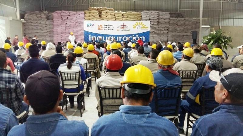 La empresa del sector agroalimentos se dedica a servicios de limpieza, logística y almacenamiento a productores, comerciantes e industriales, así como maquila y acondicionamiento de granos, resguardo en silos y bodegas
