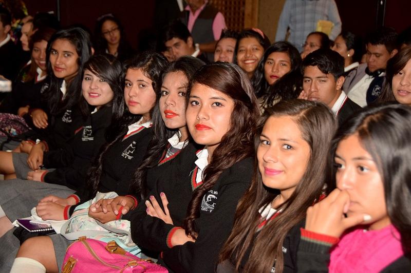 Rocío Beamonte explicó que a través de Departamento de Jóvenes y Niños en Riesgo del Sistema DIF Michoacán se atiende esta vertiente