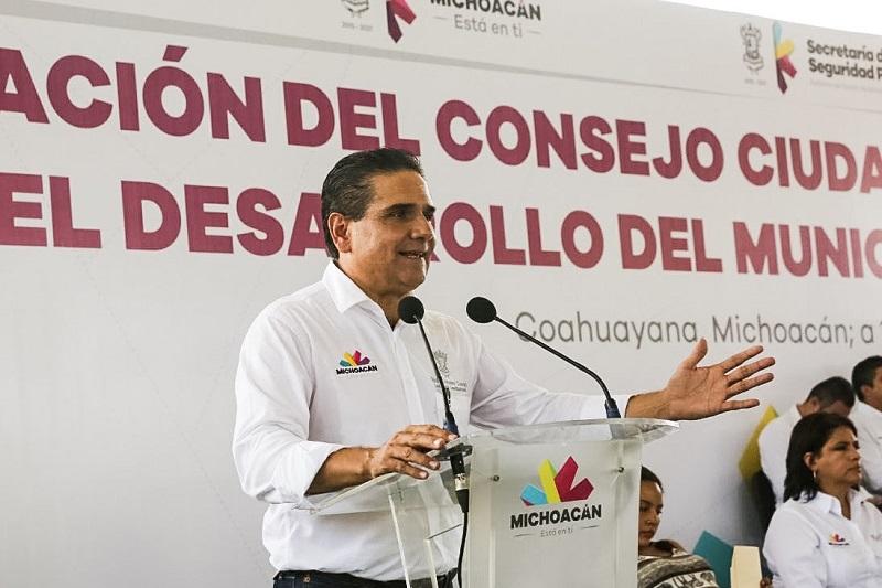 Anuncia Aureoles Conejo la próxima instalación de un cuartel de la Policía Michoacán en el que 400 agentes atenderán la región