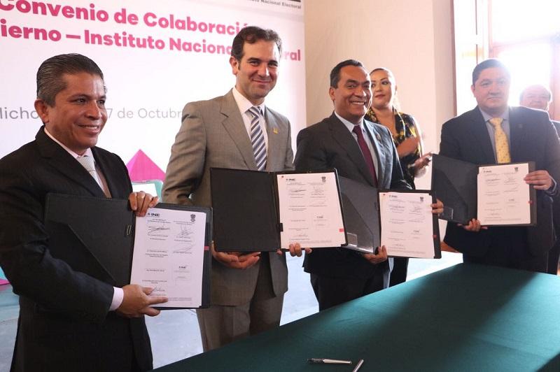 López Solís dijo que con la firma de este acuerdo se cumplen dos de las atribuciones establecidas en el conjunto de tareas que tiene la Secretaría de Gobierno
