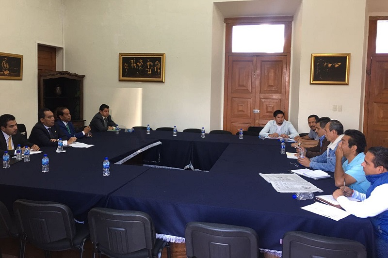 """""""Requerimos un estado fortalecido y que podamos, mediante la ruta del diálogo, dar soluciones a los pendientes con el sector educativo"""", expresó López Solís"""
