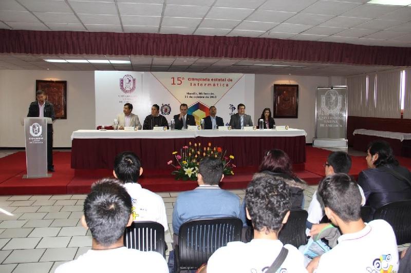 Con la participación de jóvenes estudiantes de bachillerato con dos sedes simultaneas en Pátzcuaro y Lázaro Cárdenas