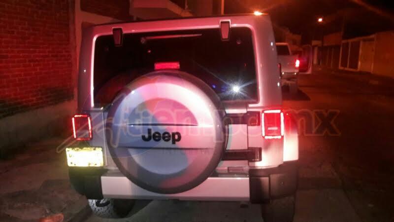 Finalmente, la camioneta fue encontrada abandonada en calles de la colonia Chapultepec Oriente, a pocas cuadras del sitio en el que fue hurtada