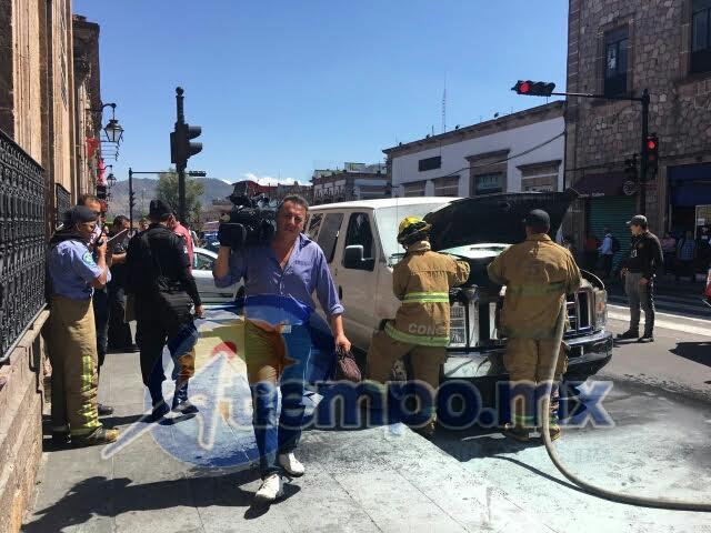 Al lugar arribaron elementos del Grupo Tigre de seguridad privada, así como de Protección Civil estatal, para brindar auxilio (FOTOS: FRANCISCO ALBERTO SOTOMAYOR)